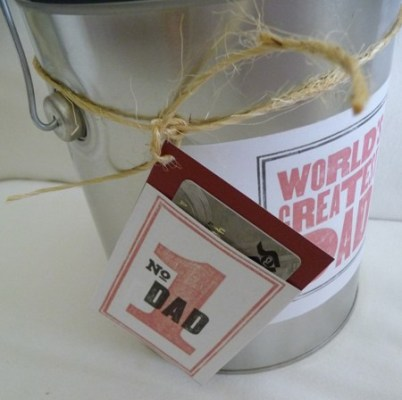 Father's Day gift wrap idea and gift card holder