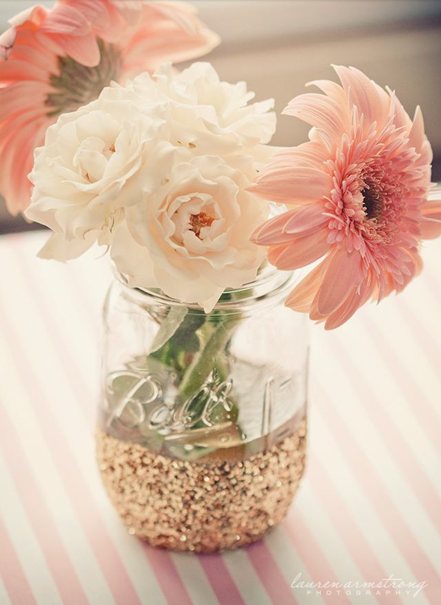 Mason Jar Dipped In Glitter Easy Diy Vase