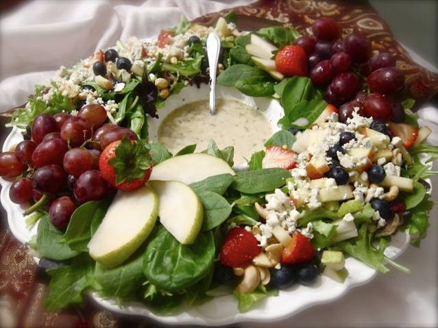 Winter Berry Salad wreath
